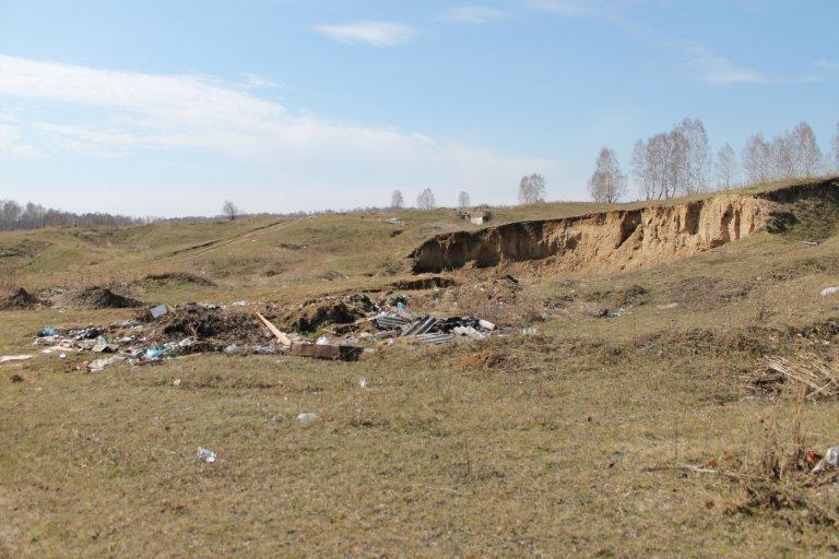 """мусор с Трактовой в сторону """"Буфета"""""""