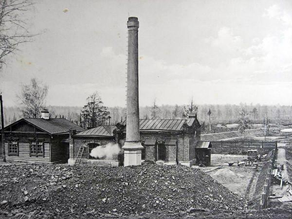 Водоподъемное здание близ станции Иланская