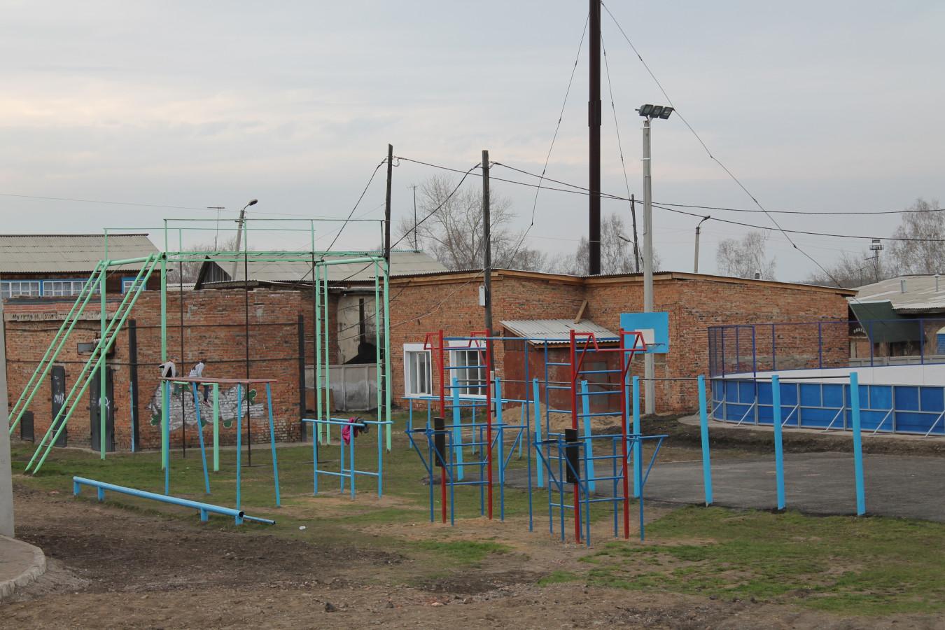 Спортивная площадка Первой школы