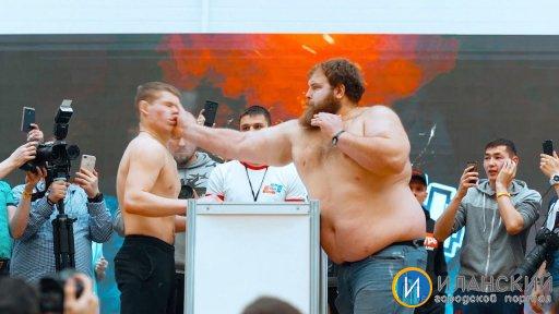 ЭТО БЫЛО ЖЕСТКО! ВЫРУБИЛ ПОЩЕЧИНОЙ. ТУРНИР ПО ПОЩЕЧИНАМ! Russian Slap Championship