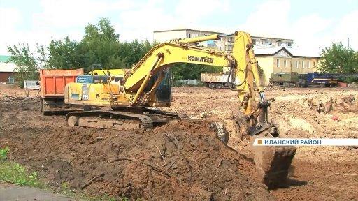 В Иланском строят новую школу вместо аварийной